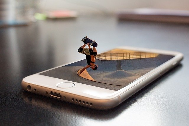 ganti smartphone untuk mengatasi force close free fire