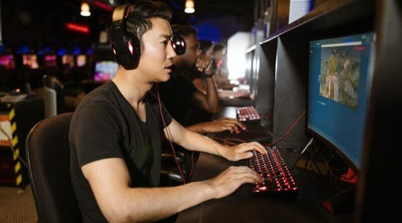 warnet gaming Jakarta Selatan